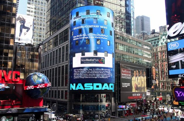 "Nasdaq1 Bravos ""Million Dollar Listing NY"" Star to Ring NASDAQ Bell"