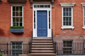NYC struggles to get rid of overpriced homes