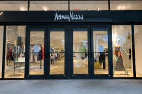 Neiman Marcus at Bal Harbour, Photo by Phillip Pessar (CC BY 2.0)  https://flic.kr/p/2dRhD9K